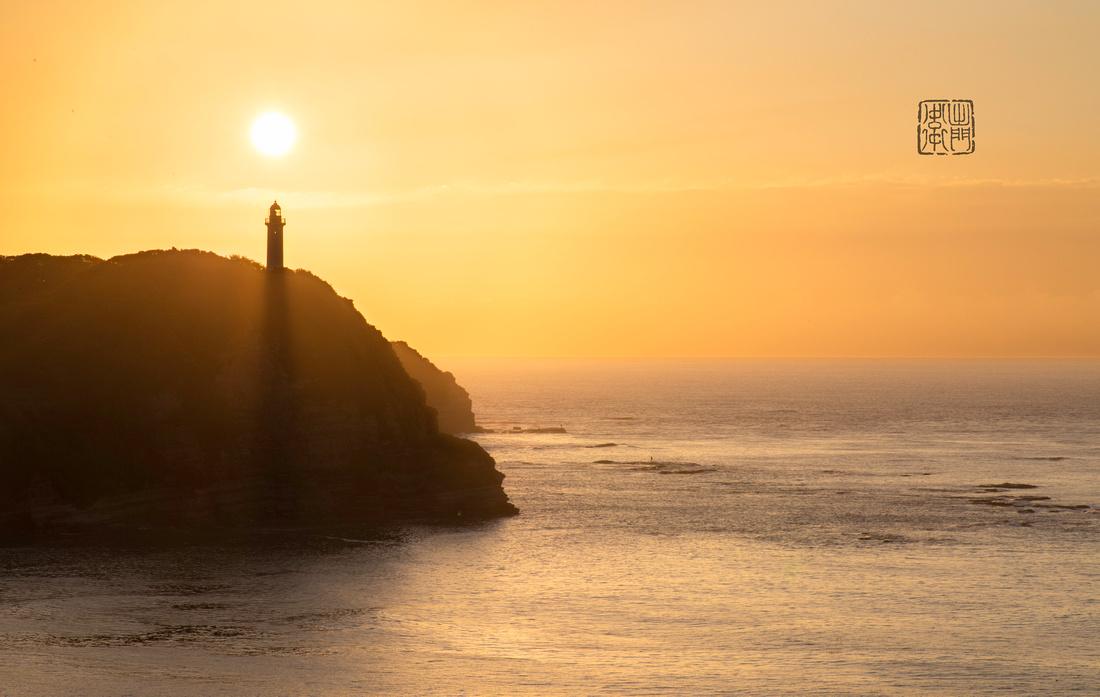 Lighthouse rays_6743 done Hanko
